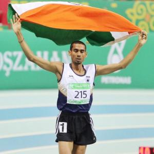 Indians continue to impress at Asian Indoor