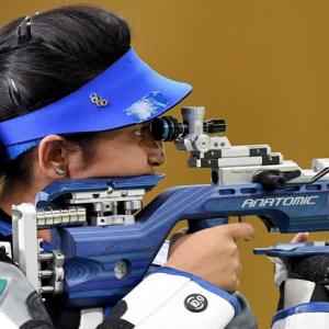 Mehuli wins silver in 10m air rifle, bronze for Chandela