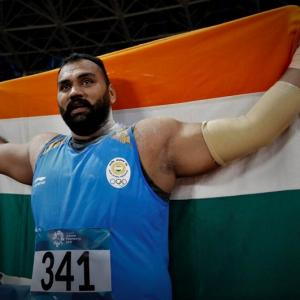 Asiad athletics: Tejinder clinches gold in shot put with record throw