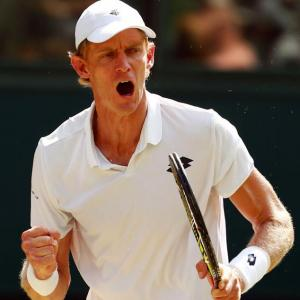 Anderson beats Isner in marathon slugfest to enter Wimbledon final