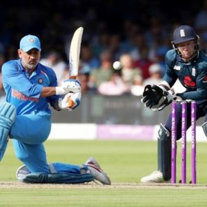 Unfortunate Dhoni's finishing skills being questioned again: Kohli