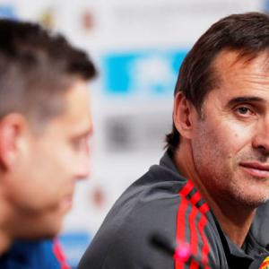 Spain sack coach Lopetegui on eve of World Cup