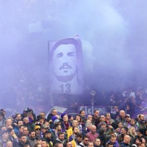Football Briefs: Fiorentina honour Astori with win