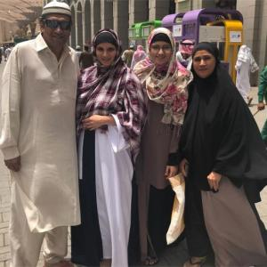 PHOTOS: Pregnant Sania on a pilgrimage to Medina!