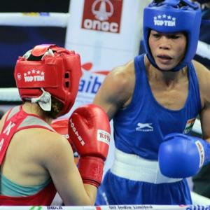 Boxing Worlds: Mary Kom, Manisha storm into quarters
