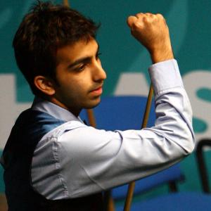 Unstoppable Advani first Indian to win Asian Snooker Tour event