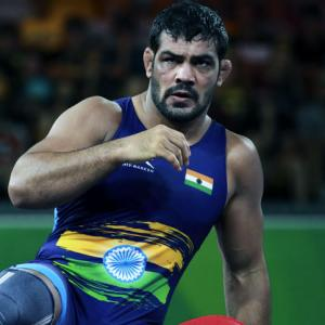 Sushil suffers crushing defeat on return