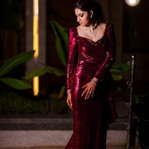 Sania Mirza's sister replicates Kareena's maroon gown