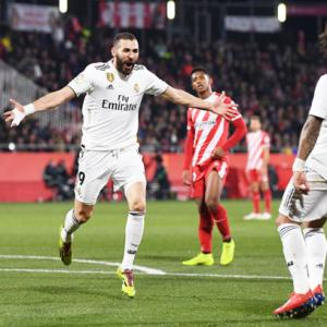 Benzema double puts Real Madrid in King's Cup semis
