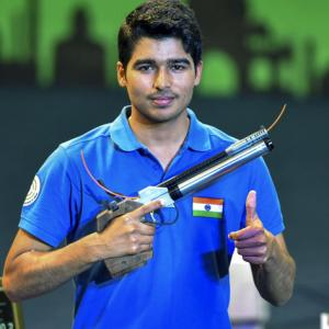 Saurabh smashes world record to win gold; secures Olympic quota