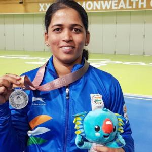 When Parrikar helped shooter Tejaswini take aim