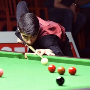 Snooker champ's incredible journey from war-torn Syria