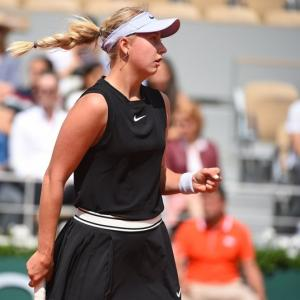 French Open: Kerber, Venus ousted; Federer cruises