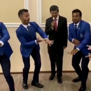 WATCH: Paes & Co. show off their crazy 'dance' moves