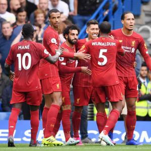 EPL PIX: Liverpool down Chelsea, West Ham down United