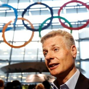 Former Olympic head to aid UK in PPE production