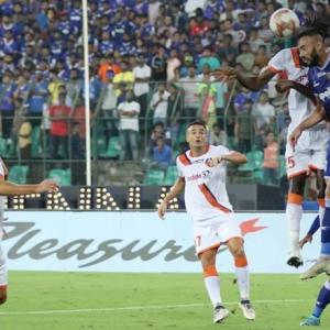 Advantage Chennaiyin FC after drubbing of FC Goa