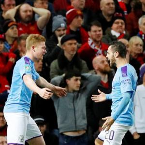 FA Cup PIX: City thump United to put one foot in final