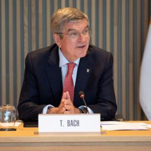 IOC 'fully committed' to staging Olympics in 2021