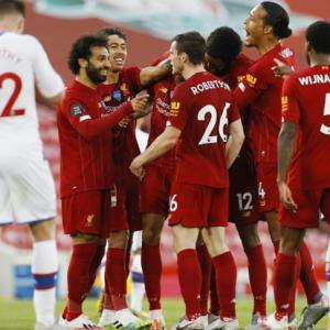 EPL PIX: Liverpool move closer to title; United win