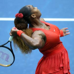 With no fans at US Open, Serena cheers herself
