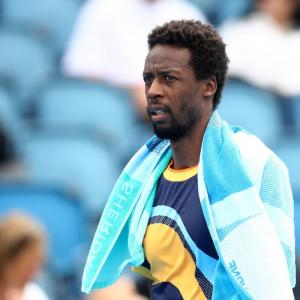 I have no confidence, cries Monfils after early exit