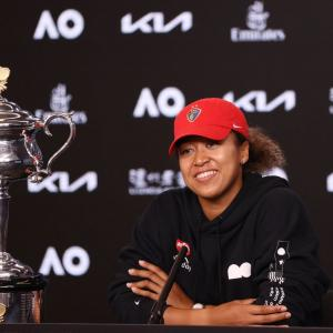 Osaka juggernaut rolls on to second Aus Open crown