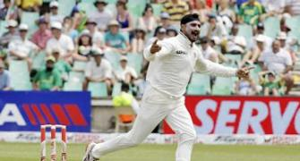 If we score more than 300 we can win: Harbhajan