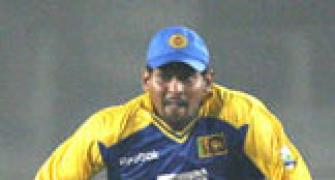 Injured Dilshan likely to miss match against India