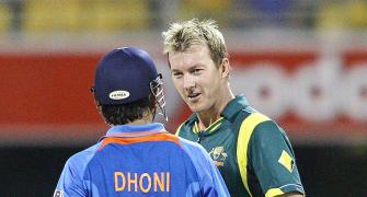 Dhoni lashes out at Lee, says no business to obstruct