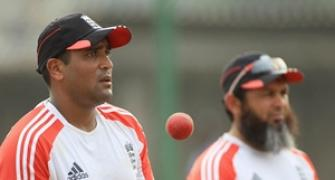 Mushtaq will help England to exploit India: Akram