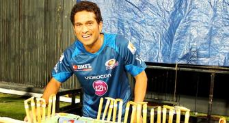 PHOTOS: Kolkata celebrates Tendulkar's birthday at Eden