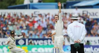 Ashes: Lyon roars to give Aus upper hand on Day 1