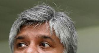 Ranatunga blames Jayasuriya, Attapattu and poor planning for SL's ODI failure!