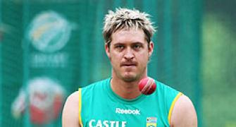Former SA spinner Harris to retire