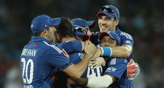PHOTOS: Tredwell has India in a twirl in first ODI