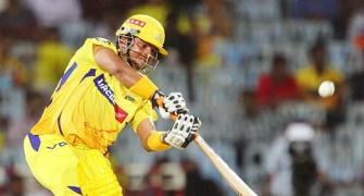 Raina's ton leads Chennai to seventh straight win