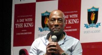 Why Viv Richards never wore a helmet