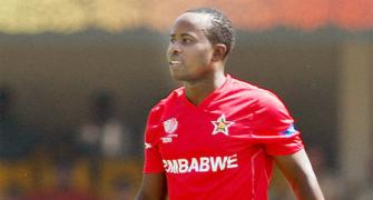 Utseya hat-trick in vain as South Africa beat Zimbabwe
