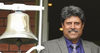 Kapil Dev honoured with Lifetime Achievement award