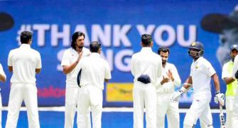 Sangakkara given guard of honour by Team India