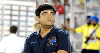 Meiyappan, Kundra banned for life; CSK, RR for 2 yrs