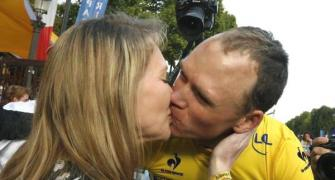 Late bloomer Froome wins second Tour de France title