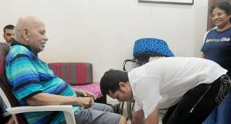 PHOTOS: Tendulkar seeks coach Achrekar's blessings on 'Guru Purnima'