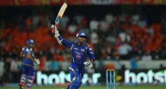 Mumbai seal final play-off berth with easy win over Sunrisers