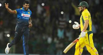 Faulkner's hat-trick restricts Sri Lanka to 289