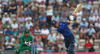 England beat Pakistan in rain-curtailed first one-dayer