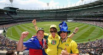 Australia to allow 10,000 spectators at small stadiums