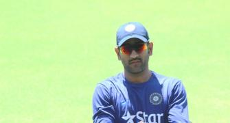 Azhar feels it's for Dhoni to make a call on retirement