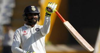 Jadeja shows off sword-wielding skills; gets trolled
